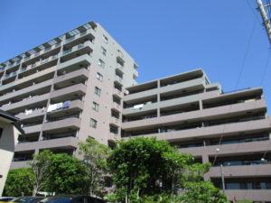 全172戸のマンション外観
